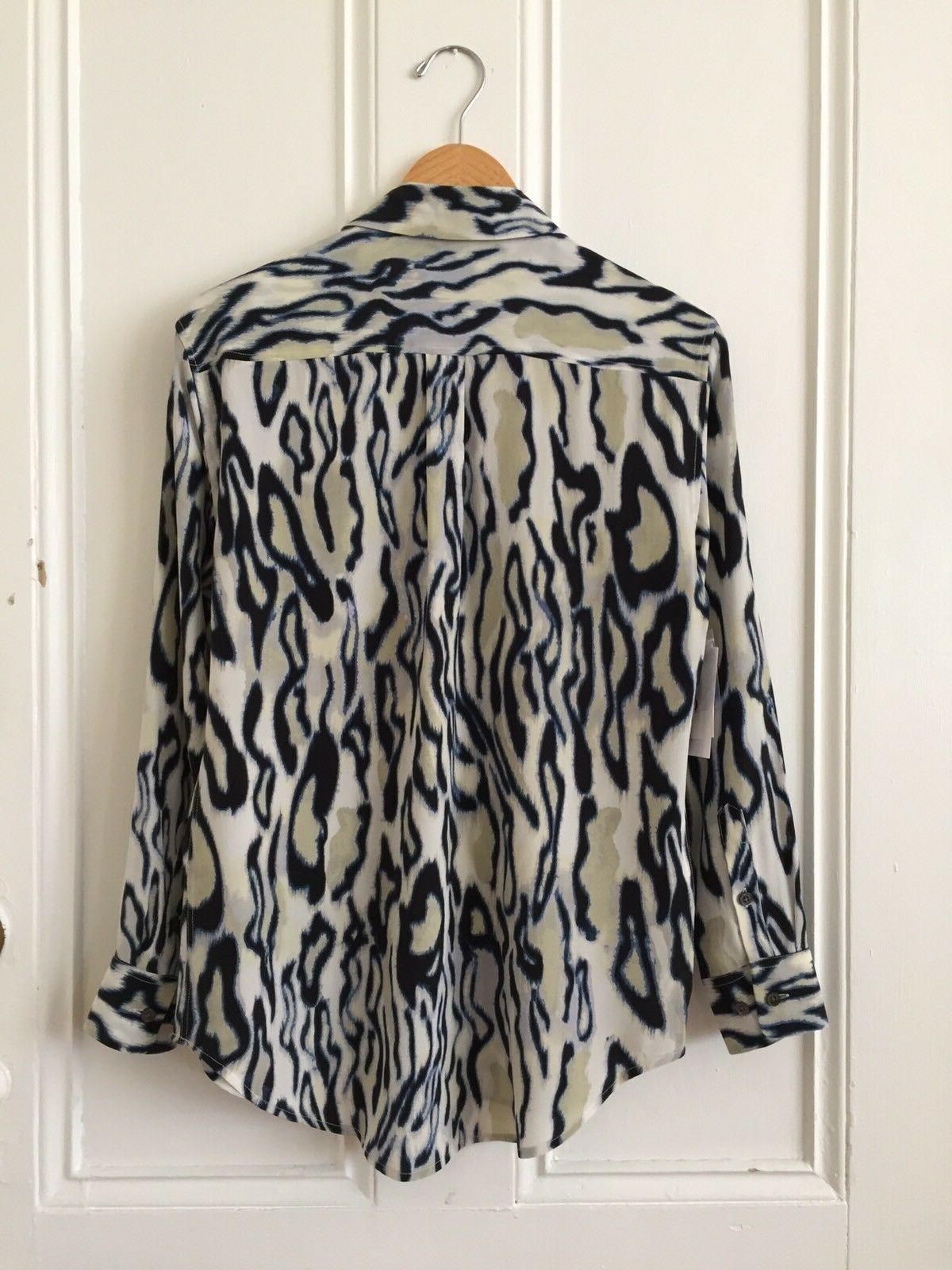 Equipment NWT XS Silk Button Blue