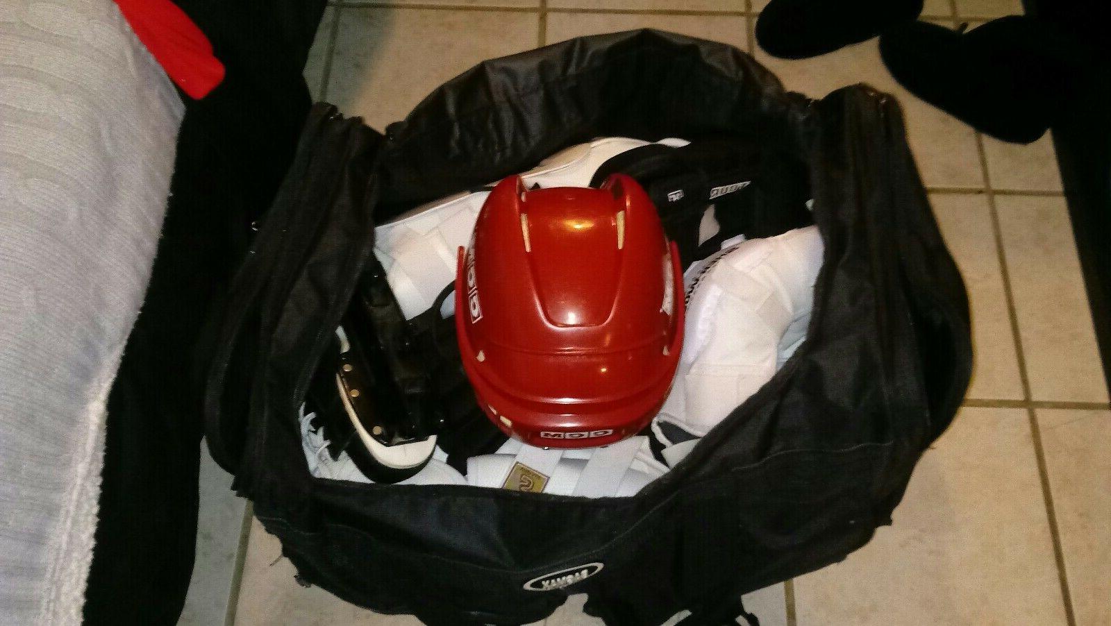 Rolller hockey/Ice hockey with huge